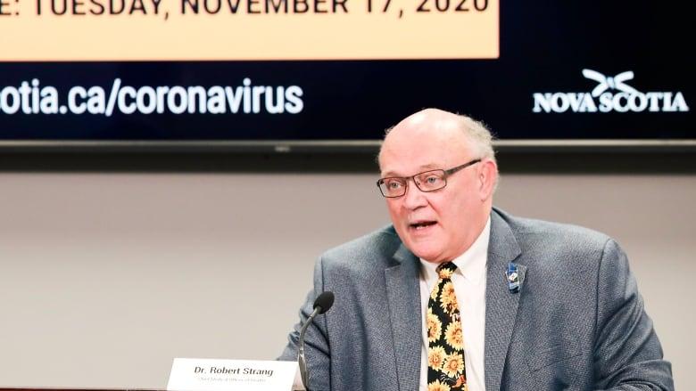 """Kanadischer Gesundheitschef: Abriegelungen sind dazu da, die Verbreitung von """"Fehlinformationen"""" zu stoppen"""
