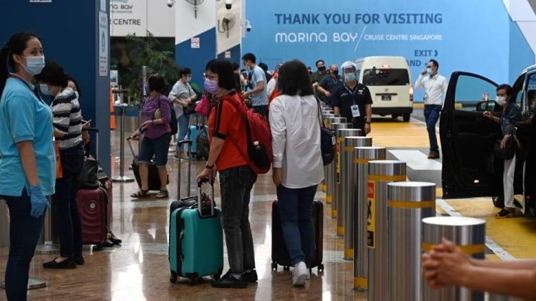 Spike in cases delays Singapore-Hong Kong travel bubble