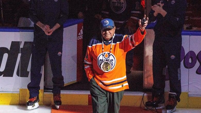 Fred Sasakamoose, Indigenous NHL pioneer, dead at 86 thumbnail