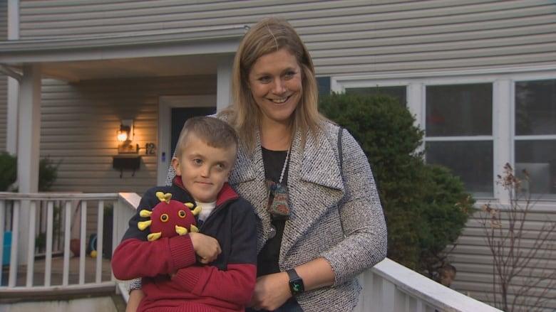 Halifax boy meets his hero as Nova Scotia's top doctor pays a visit