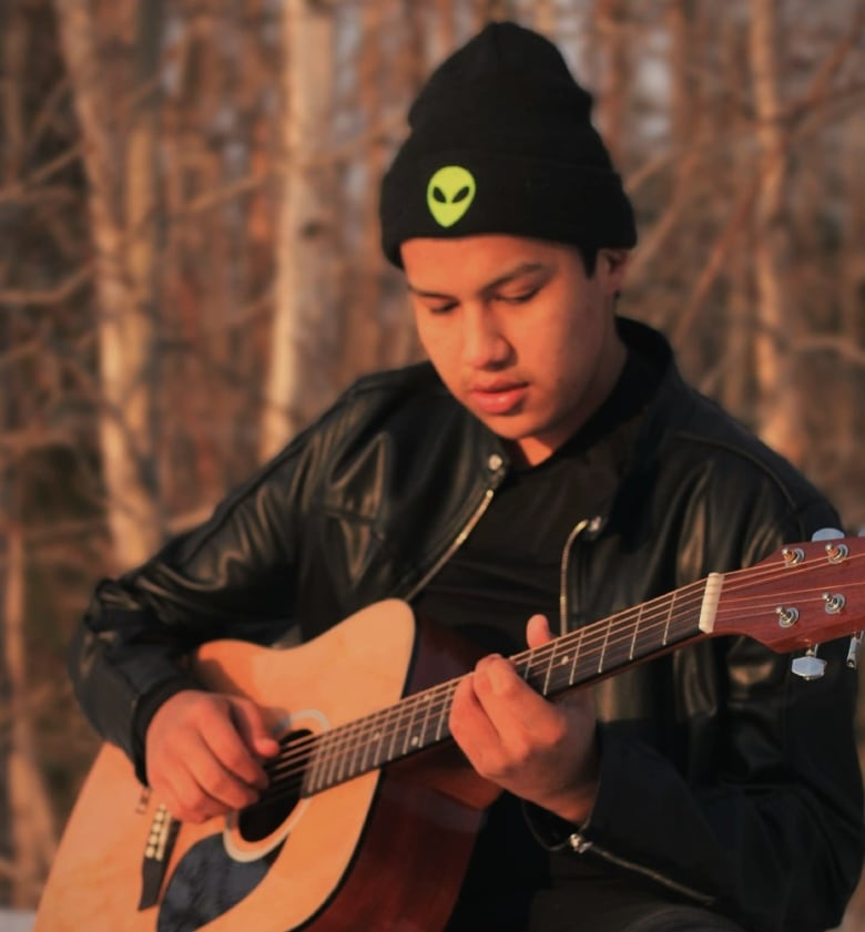 """Looking to create """"superstars,"""" remote NWO First Nation hosts national singing competition"""