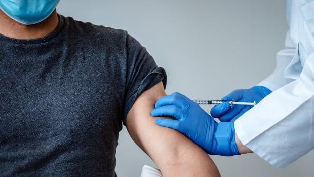 COVID-19 vaccine hesitancy rate plummets in Alberta, survey suggests | CBC News