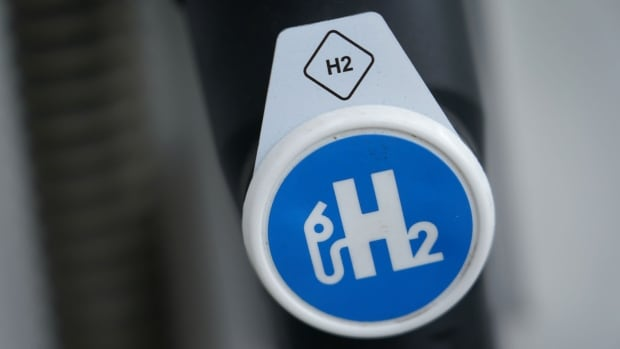 Oilpatch heavyweights put Canada's hydrogen ambitions to the test