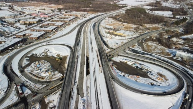 Highway 174 bridges dismantled this weekend for Stage 2 LRT | CBC News