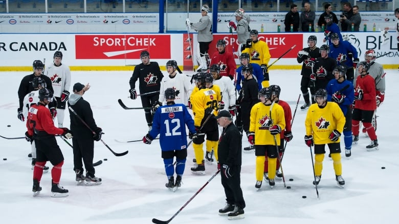 Canadian world junior hopefuls Place to return to ice Following Favorable COVID-19 tests thumbnail