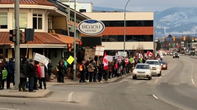 Organizer Of Kelowna Rally Against Covid 19 Restrictions Issued 2 3k Fine Cbc News