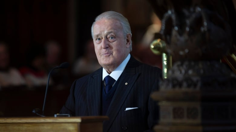 Former prime minister Brian Mulroney recovering after emergency Operation thumbnail