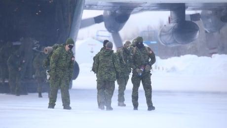 Shamattawa First Nation Manitoba Dec. 13, 2020 COVID-19 outbreak military