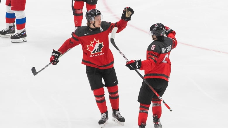 Canadian captain Kirby Dach out with injury for entire world junior championship
