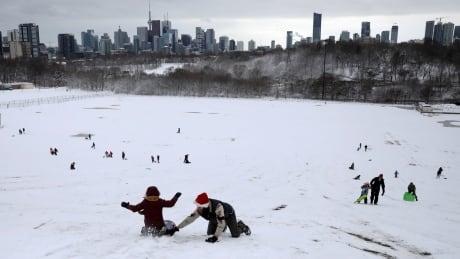 CHRISTMAS-SEASON/CANADA