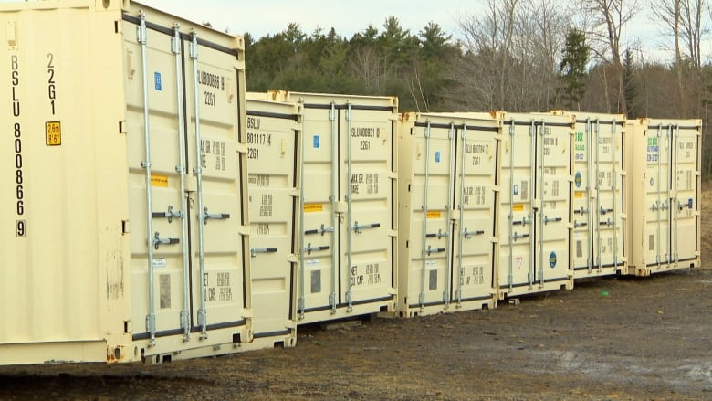 These customers were promised shipping containers. Now they're out thousands of dollars