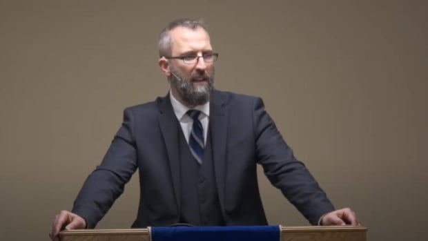 Calgary pastor says church will continue to break COVID-19 rules, days after health order issued