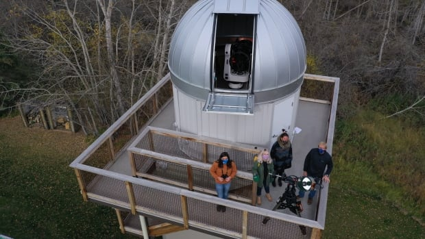 New observatory opens in dark sky preserve near Edmonton | CBC News