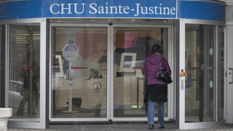 Teenager dies of COVID-19 in Montreal, youngest victim of pandemic in Quebec