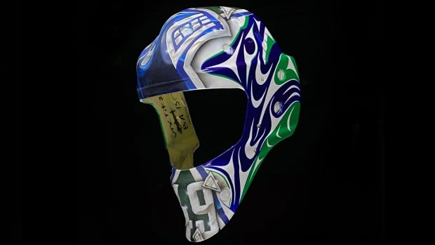 Stz'uminus First Nation artist helps design new goalie mask for Canucks