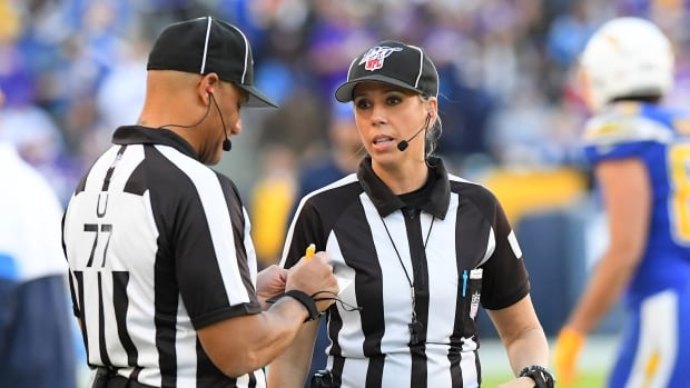 Sarah Thomas to be 1st female to officiate Super Bowl   CBC Sports