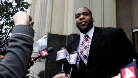 Trump commutes sentence of ex-Detroit mayor Kwame Kilpatrick
