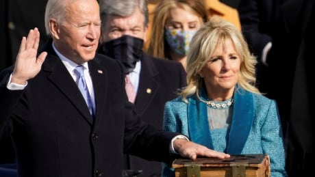 <div>Joe Biden sworn in as 46th U.S president, calls on Americans to 'end this uncivil war'</div>