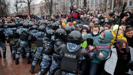 Alexei Navalny's wife among thousands arrested at anti-Kremlin protests