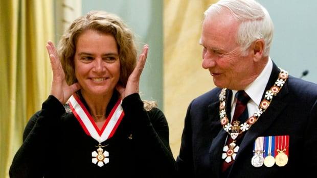 Advisory council could strip Julie Payette of her Order of Canada | CBC News