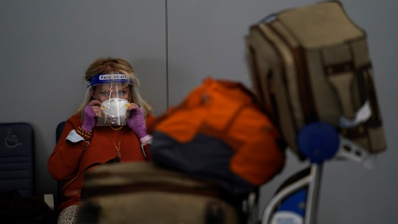CDC issues sweeping mask mandate for planes, public transportation in U.S.