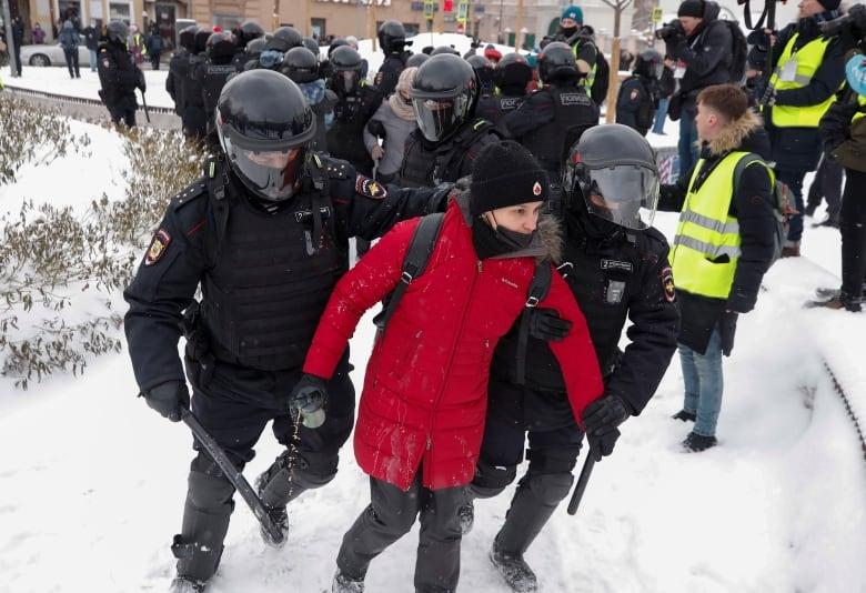 Police detain another participant of Sunday's rally in Moscow