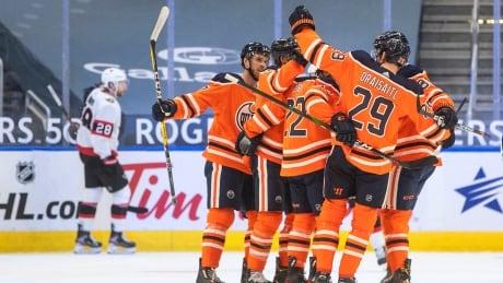 McDavid, Draisaitl combine for 11 points as Oilers down Senators