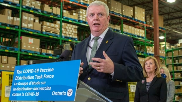 Adults 80 and over among next priority groups for vaccination, Ontario task force says