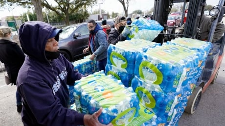 Power restored to more Texas residents, but water crisis persists during deep freeze