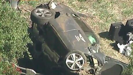 tiger-woods-car-crash-210223-1180