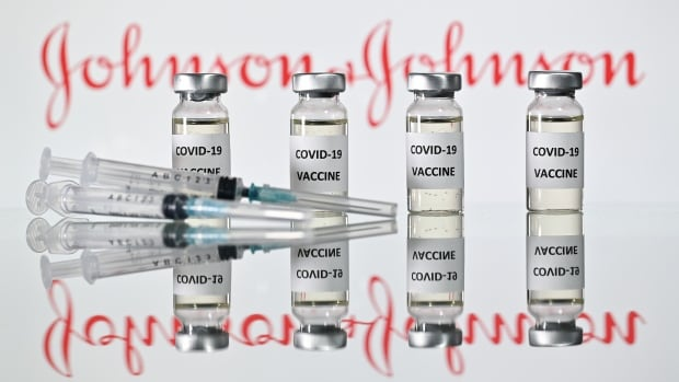 Johnson & Johnson's single-shot COVID-19 vaccine endorsed by U.S. advisers | CBC News