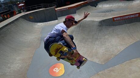 James-Clarke-skateboarding-CAN-100919