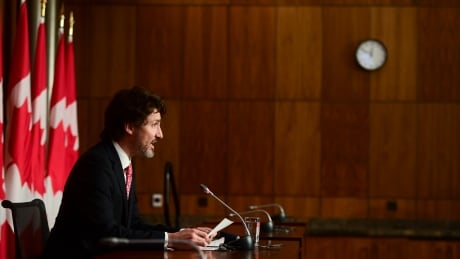 Trudeau's poll numbers took a hit over vaccine delays — but the Liberals escaped the worst