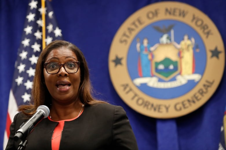 Under pressure, New York governor bows to outside probe of abuse claims