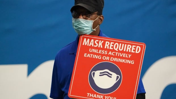 Texas ends pandemic mask mandate, despite warnings from medical experts