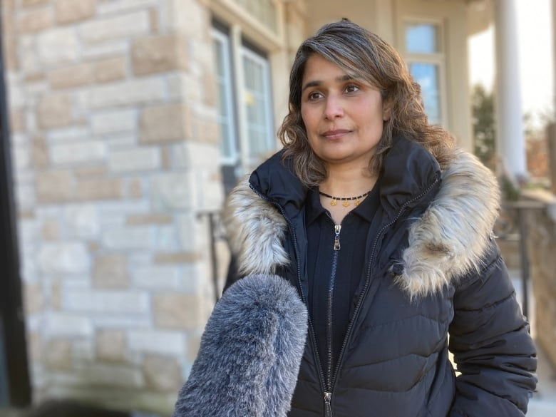 Calgary mom accuses courier giant DHL of charging 'hidden fees'