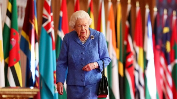 Queen salutes front-line workers in Commonwealth Day message
