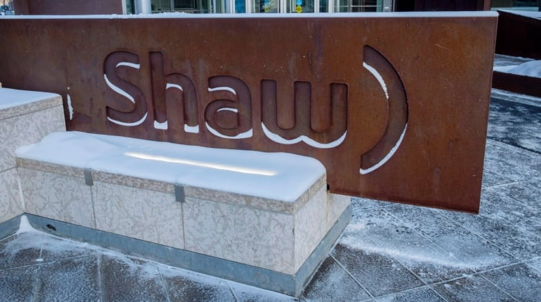 Rogers signs deal to buy Shaw in transaction valued at $26B