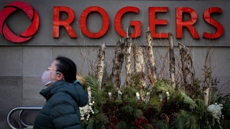 What the Rogers-Shaw deal means for consumers, jobs and 5G networks