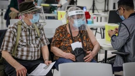 Helen and Eugene Milone seniors vaccine Calgary