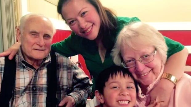 Filipina mom grateful for extraordinary act of kindness in small-town Alberta | CBC News