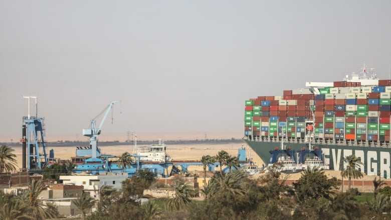2 tugboats speed to Egypt's Suez Canal as shippers avoid it