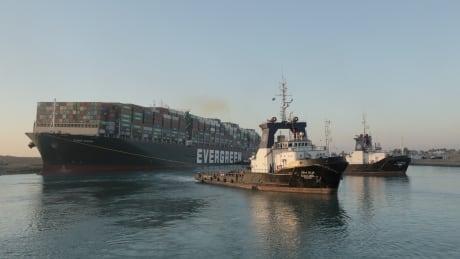 EGYPT-SUEZCANAL/SHIP