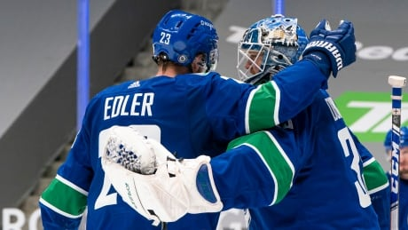 Canucks-Vancouver-130321