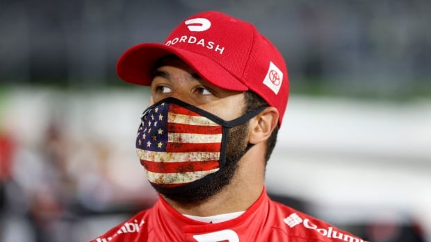 NASCAR's Bubba Wallace urging COVID-19 vaccinations