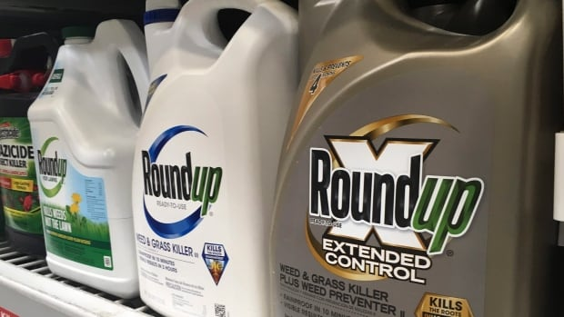 Lavalo becomes the first Quebec community to ban grasses killed in Roundup