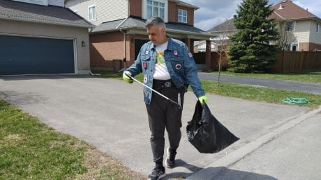 30 streets in 30 days: Ottawa man aiming for clean sweep during Ramadan