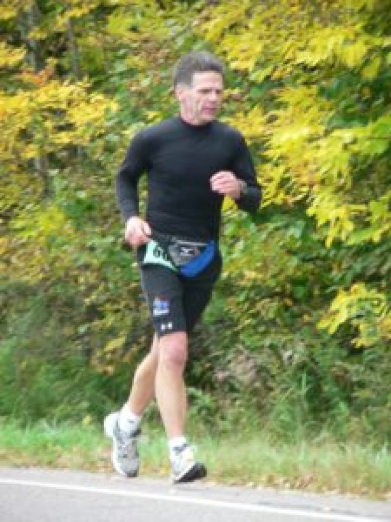 Home to Home Run for charity: Sault man logging marathon a day from B.C. to Ontario