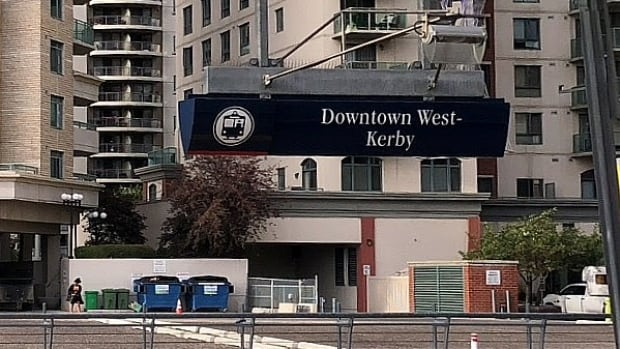 Man in his 40s stabbed to death in downtown Calgary
