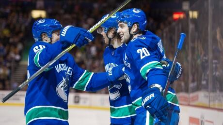 Canucks-return-71017